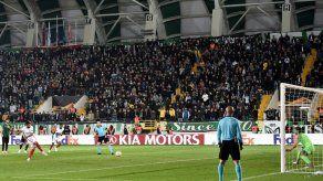 Banega da el triunfo al Sevilla en Turquía en la Europa League