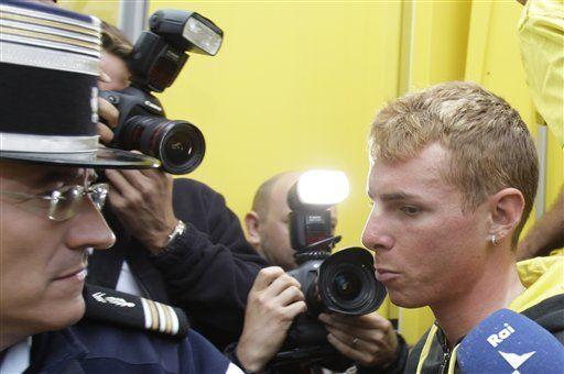 Fiscalía francesa radica cargos por dopaje contra Ricco