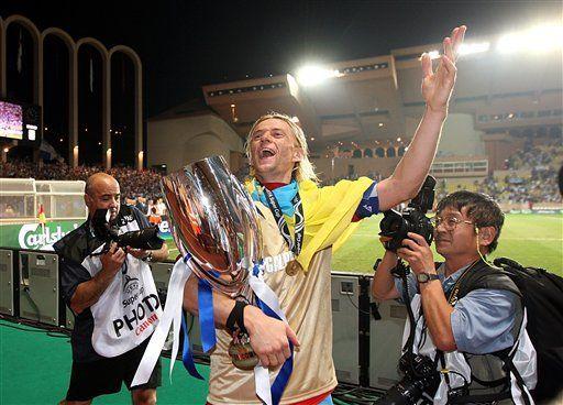 Zenit vence a Manchester por 2-1 y gana Supercopa