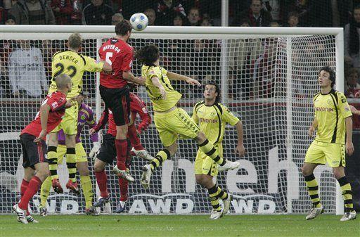 Bayer Leverkusen empata 1-1 con el Borussia Dortmund