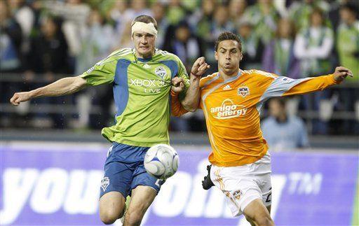 MLS: Sounders 0, Dynamo 0; Accidentado partido de postemporada