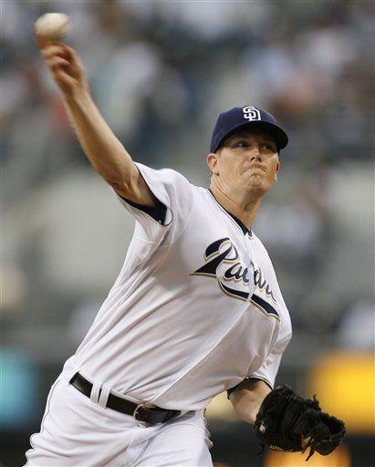 MLB: Padres 8, Filis 3; Reineke gana en debut en Grandes Ligas