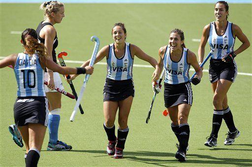 Holanda y Argentina ganan en el trofeo de hockey en Holanda
