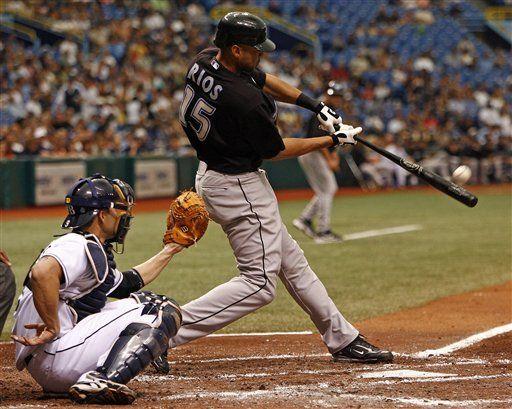 MLB: Azulejos 9, Rays 4; Scutaro y Ríos pegan jonrones para Azulejos