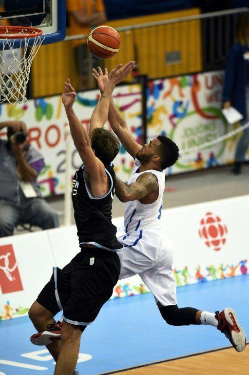 Argentina derrota 80-70 a Dominicana en básquetbol y dice adiós a Toronto-2015