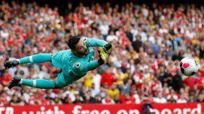 Arsenal y Tottenham empatan su derbi y se descuelgan de la cabeza