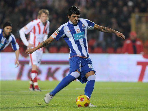Porto derrota a Leixoes y mantiene el liderato