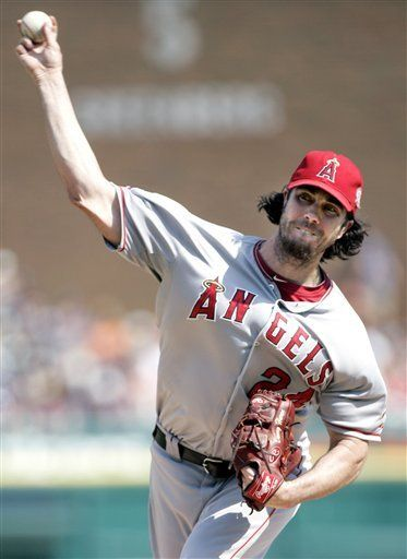 MLB: Angelinos 5, Tigres 1; Haren contiene a Detroit