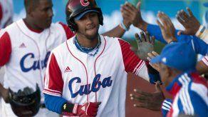 El interés por fichar beisbolistas cubanos crece en Japón