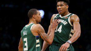 Los Rockets empatan a 2 en el Oeste y los Bucks quedan a un paso de la final del Este