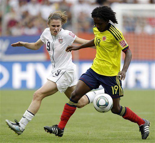 EEUU vence a Colombia y avanza en el mundial femenino de fútbol