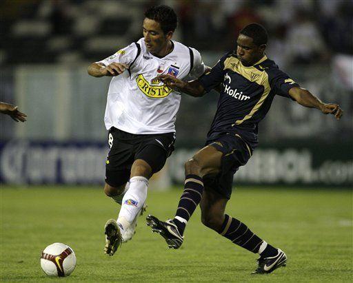 Libertadores: Colo Colo golea 3-0 a Liga de Quito