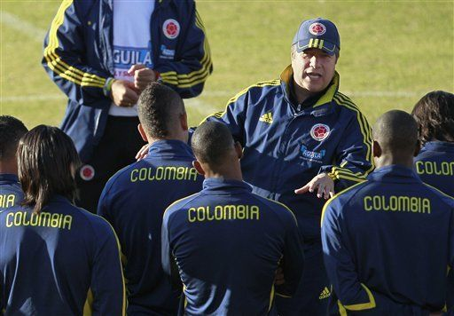 América: Colombia está madurando, dice Bolillo