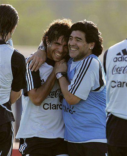 Mundial: Maradona debuta como técnico y Paraguay va a Uruguay