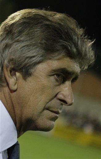 Debacle del Madrid pone a Pellegrini en el punto de mira