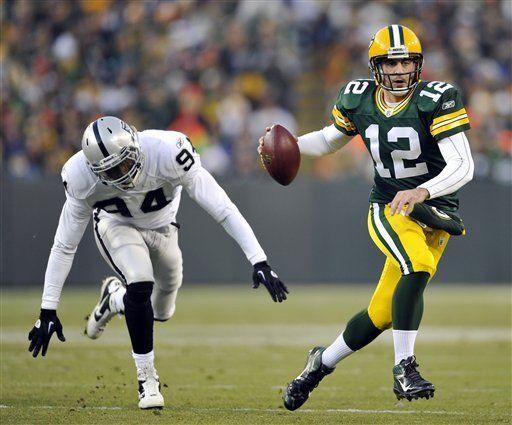 NFL: Packers 46, Raiders 16; Green Bay mantiene paso perfecto