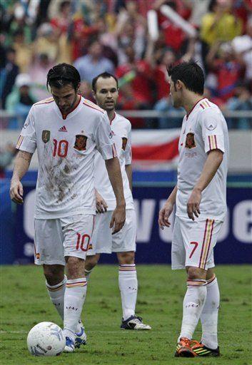 Tras ir abajo, España rescata empate 2-2 con Costa Rica