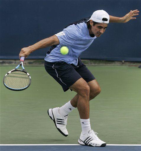 Lapentti sorprende a Ferrer en Masters de Cincinnati