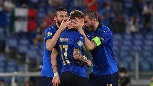 Italia clasifica a 8vos de la Eurocopa 2020