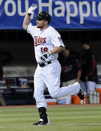 MLB: Mellizos 13, Reales 4; Minnesota a desempate con Detroit