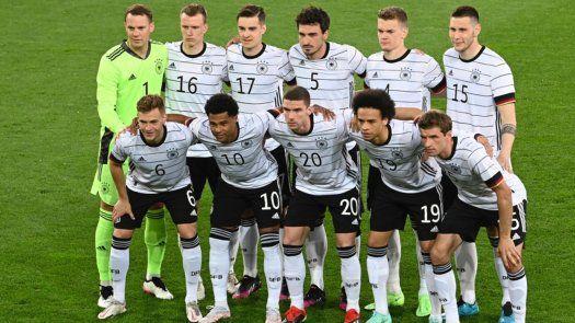 El avión de la selección de Alemania tuvo que hacer aterrizaje de emergencia
