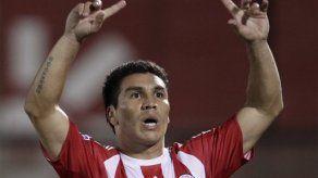 Abren estadio paraguayo para orar por Cabañas