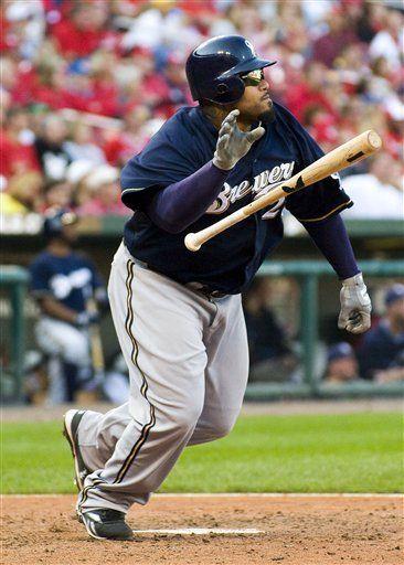 MLB: Cerveceros 9, Cardenales 7, 10 innings; Fielder jonronea