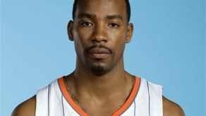 FBI detiene a ex jugador NBA que era buscado por asesinato