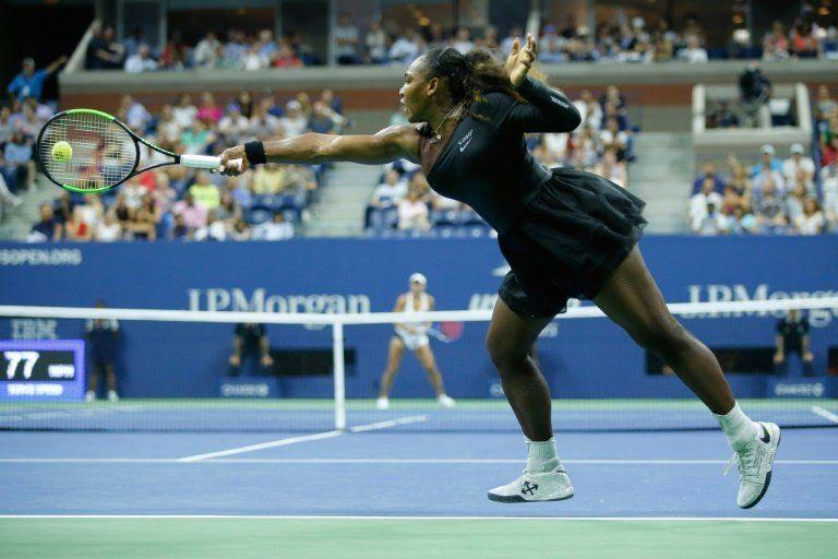 Serena Williams domina a Linette en primera ronda del US Open