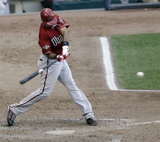 MLB: Diamondbacks 8, Cerveceros 6; Young decide en la 9na