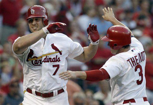 MLB: Cardenales 8, Rojos 1; Holliday pega 2 jonrones