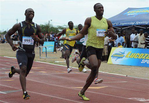 Bolt alcanza 9,93 segundos en su primera carrera del año