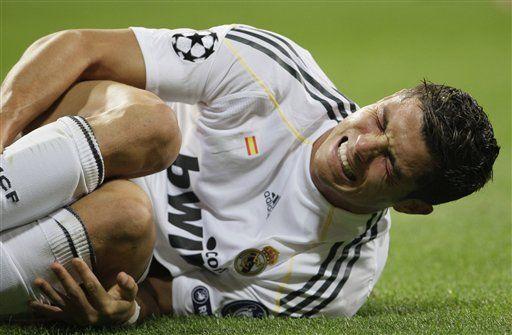 Cristiano Ronaldo sufre fuerte contusión en tobillo