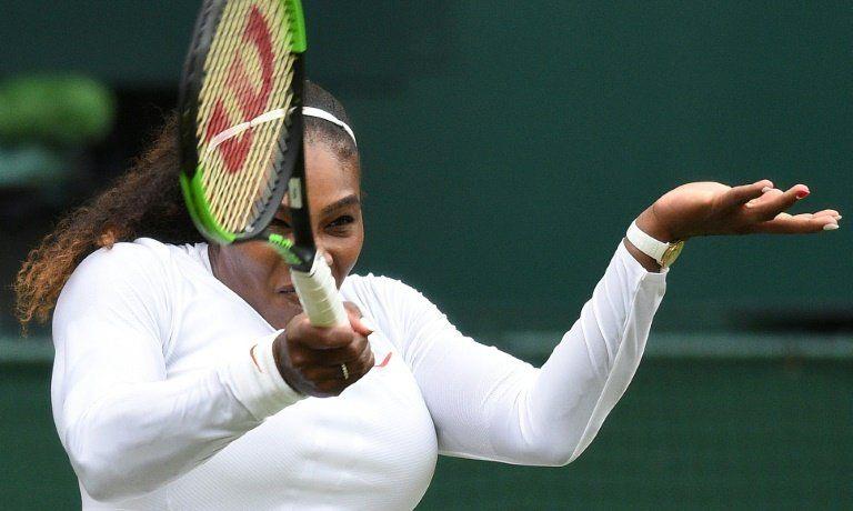 Serena Williams accede sin complicaciones a tercera ronda de Wimbledon