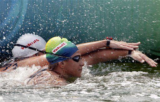 La brasileña Ana Marcela Cunha gana oro en el mundial de natación