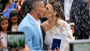 Asaltan en Buenos Aires la casa del Apache Tevez mientras festeja su boda