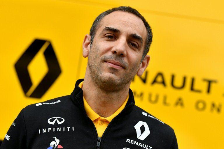 Director general de Renault valora alternativas a Sainz