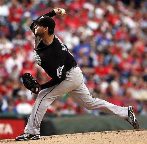 MLB: Marlins 4, Filis 3; Filadelfia asegura ventaja de localía