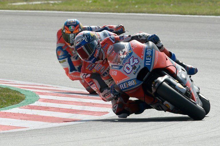 Dovizioso manda en los últimos libres del GP de Cataluña, Márquez a la Q1