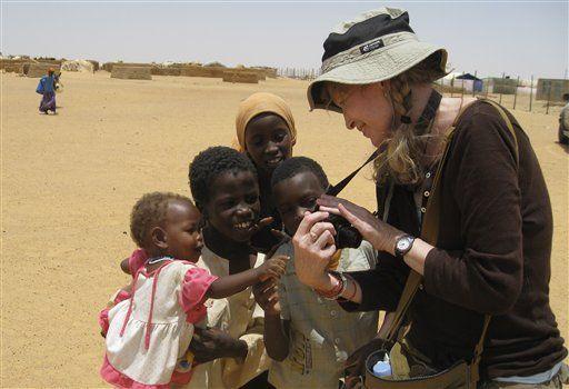 Mia Farrow presenta Olimpiadas de Darfur