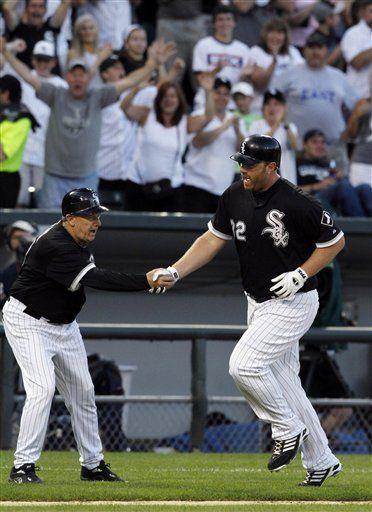 MLB: Medias Blancas 5, Reales 4, gracias a un balk