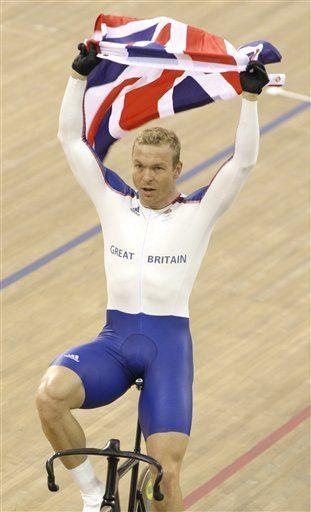Gran Bretaña se llena de oro en el ciclismo, y espera más