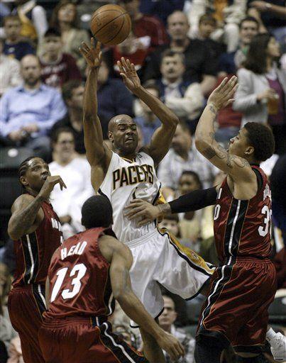 NBA: Pacers 90, Heat 88; Indiana sigue dominando a Miami