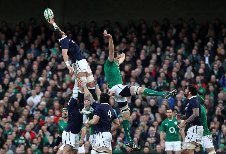 Irlanda derrota a Escocia (28-6) y se coloca líder del Seis Naciones