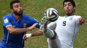 Adidas suspende promoción con Suárez durante Mundial