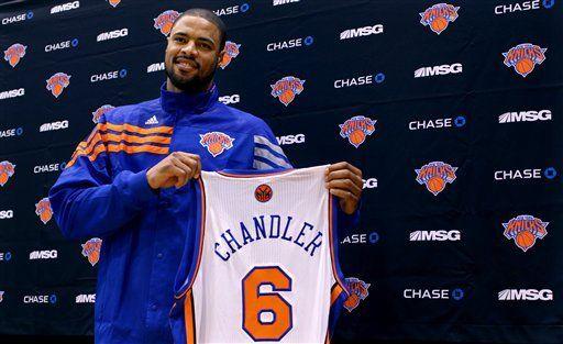 Knicks adquieren a Chandler de Dallas en canje entre tres equipos