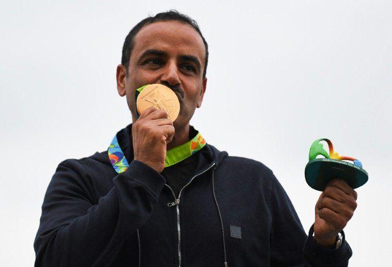 El tirador Al Deehani, primer atleta independiente en lograr un oro olímpico