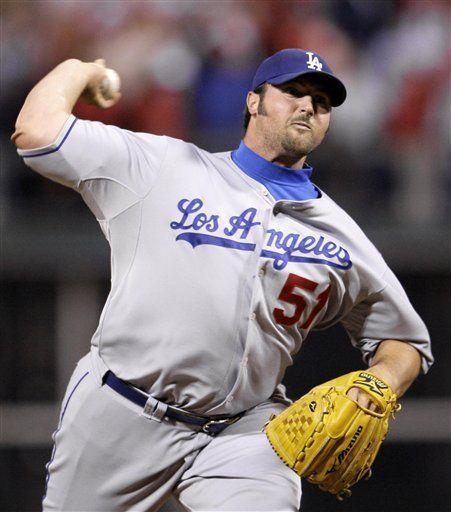 Broxton deja ir posibilidad de triunfo de Dodgers