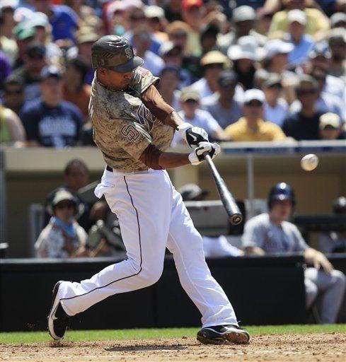 MLB: Padres 8, Rockies 3; Guzmán figura en ofensiva clave