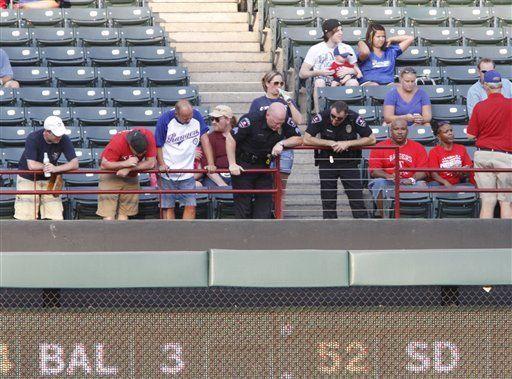 Familia de aficionado muerto en el béisbol agradece apoyo